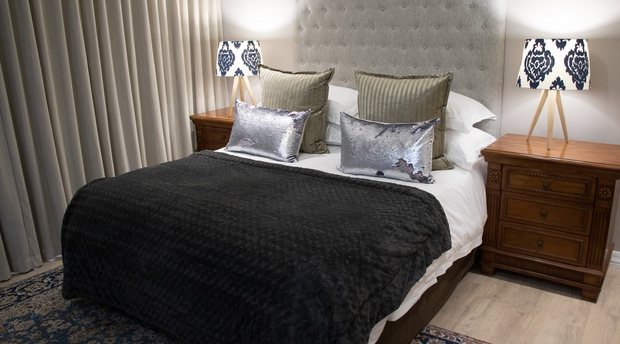 Paarl_Queenslin_Guesthouse_Superior_bed